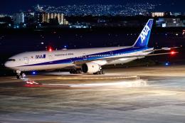 A.Tさんが、伊丹空港で撮影した全日空 777-381の航空フォト(飛行機 写真・画像)