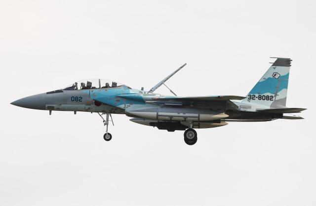 Menokkuさんが、小松空港で撮影した航空自衛隊 F-15DJ Eagleの航空フォト(飛行機 写真・画像)