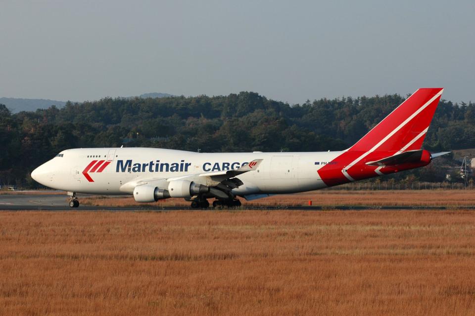 Gambardierさんのマーティンエアー Boeing 747-400 (PH-MPP) 航空フォト
