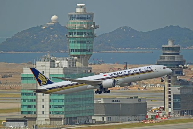 Souma2005さんが、香港国際空港で撮影したシンガポール航空 787-10の航空フォト(飛行機 写真・画像)