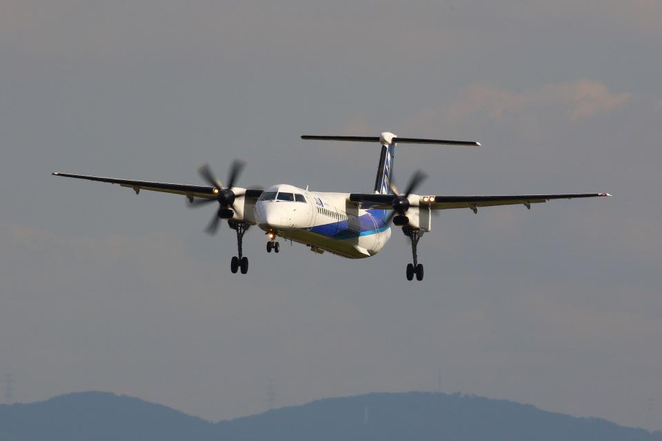 khideさんのANAウイングス Bombardier DHC-8-400 (JA859A) 航空フォト