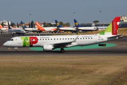 つみネコ♯2さんが、リスボン・ウンベルト・デルガード空港で撮影したポルトガリア航空 ERJ-190-100 LR (ERJ-190LR)の航空フォト(飛行機 写真・画像)