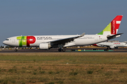 つみネコ♯2さんが、リスボン・ウンベルト・デルガード空港で撮影したTAPポルトガル航空 A330-223の航空フォト(飛行機 写真・画像)