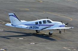 Gambardierさんが、岡南飛行場で撮影した学校法人ヒラタ学園 航空事業本部 Baron G58の航空フォト(飛行機 写真・画像)