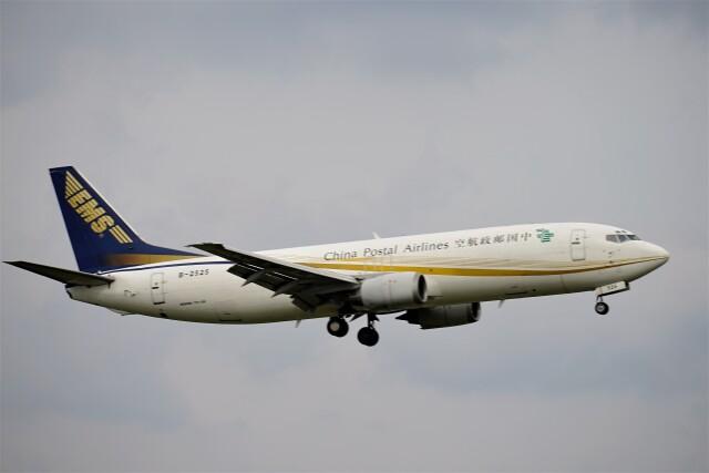 レドームさんが、成田国際空港で撮影した中国郵政航空 737-4Q8(SF)の航空フォト(飛行機 写真・画像)