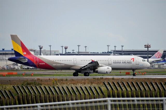 レドームさんが、成田国際空港で撮影したアシアナ航空 A321-231の航空フォト(飛行機 写真・画像)