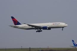 mougandouさんが、羽田空港で撮影したデルタ航空 777-232/ERの航空フォト(飛行機 写真・画像)