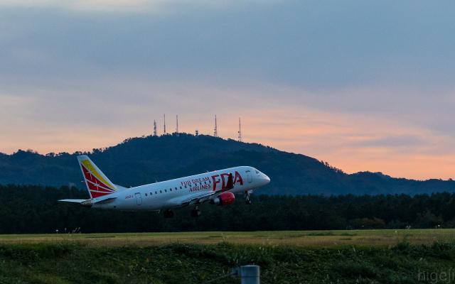 ひげじいさんが、庄内空港で撮影したフジドリームエアラインズ ERJ-170-200 (ERJ-175STD)の航空フォト(飛行機 写真・画像)
