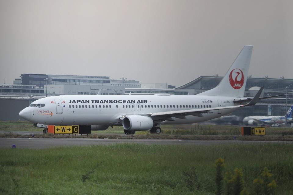 飛行機ゆうちゃんさんの日本トランスオーシャン航空 Boeing 737-800 (JA11RK) 航空フォト