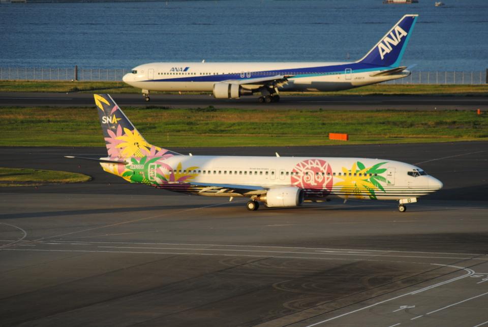 LEGACY-747さんのスカイネットアジア航空 Boeing 737-400 (JA737B) 航空フォト