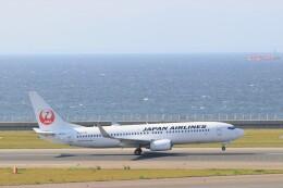 ゆなりあさんが、中部国際空港で撮影した日本航空 737-846の航空フォト(飛行機 写真・画像)