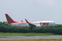 らむえあたーびんさんが、成田国際空港で撮影したティーウェイ航空 737-8GJの航空フォト(飛行機 写真・画像)