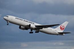 PIRORINGさんが、新千歳空港で撮影した日本航空 767-346/ERの航空フォト(飛行機 写真・画像)
