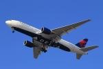 Keiyon✈️さんが、羽田空港で撮影したデルタ航空 777-232/ERの航空フォト(飛行機 写真・画像)