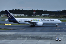 パンダさんが、成田国際空港で撮影したルフトハンザ・カーゴ 777-Fの航空フォト(飛行機 写真・画像)