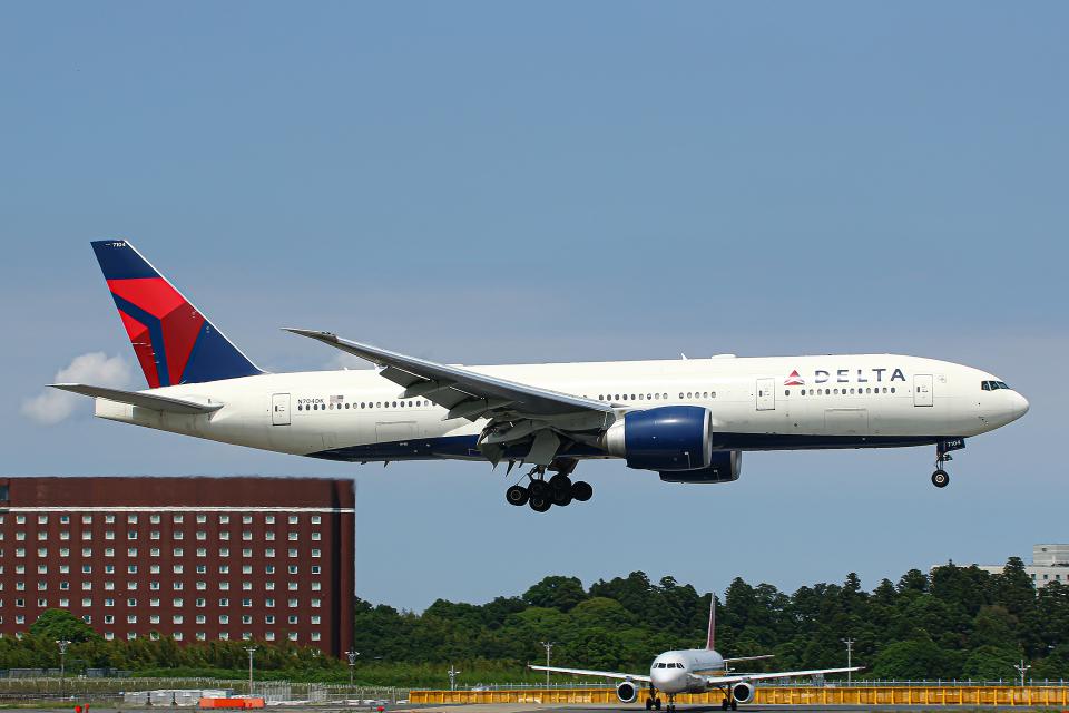SGR RT 改さんのデルタ航空 Boeing 777-200 (N704DK) 航空フォト