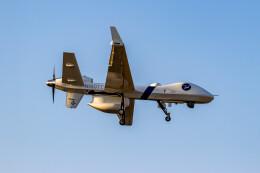 またぁりさんが、八戸航空基地で撮影したジェネラル・アトミックス MQ-9B Guardianの航空フォト(飛行機 写真・画像)
