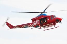 ほてるやんきーさんが、岡南飛行場で撮影した岡山県消防防災航空隊 412EPの航空フォト(飛行機 写真・画像)