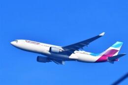 Hiro Satoさんが、スワンナプーム国際空港で撮影したユーロウイングス A330-203の航空フォト(飛行機 写真・画像)