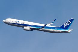 A.Tさんが、伊丹空港で撮影した全日空 767-381/ERの航空フォト(飛行機 写真・画像)