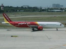 マッペケさんが、タンソンニャット国際空港で撮影したベトジェットエア A321-271Nの航空フォト(飛行機 写真・画像)
