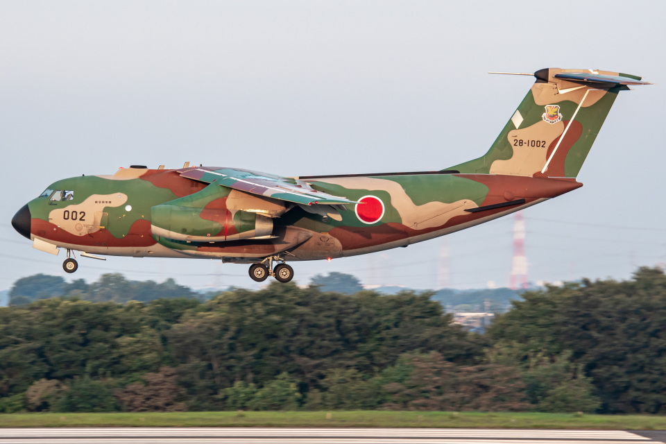 I.Kさんの航空自衛隊 Kawasaki C-1 (28-1002) 航空フォト