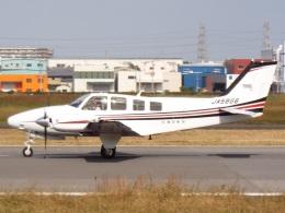 otromarkさんが、八尾空港で撮影した朝日航空 Baron G58の航空フォト(飛行機 写真・画像)