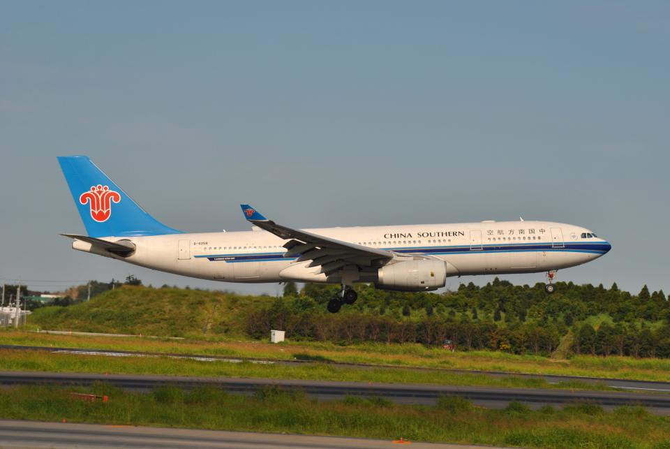 LEGACY-747さんの中国南方航空 Airbus A330-200 (B-6058) 航空フォト