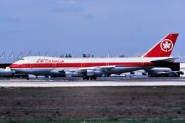 パール大山さんが、マイアミ国際空港で撮影したエア・カナダ 747-133の航空フォト(飛行機 写真・画像)