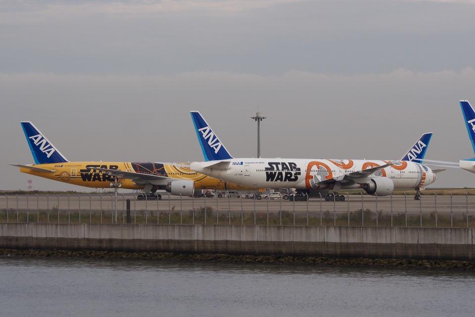 飛行機ゆうちゃんさんの全日空 Boeing 777-300 (JA789A) 航空フォト