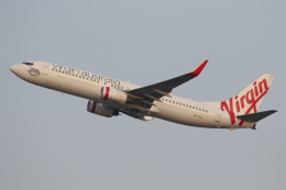 安芸あすかさんが、シドニー国際空港で撮影したヴァージン・オーストラリア 737-8FEの航空フォト(飛行機 写真・画像)