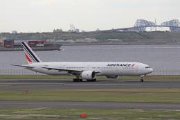 maverickさんが、羽田空港で撮影したエールフランス航空 777-328/ERの航空フォト(飛行機 写真・画像)