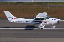 korosukeさんが、南紀白浜空港で撮影した日本法人所有 182P Skylaneの航空フォト(飛行機 写真・画像)