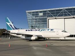 thomasYVRさんが、バンクーバー国際空港で撮影したウェストジェット 737-7CTの航空フォト(飛行機 写真・画像)