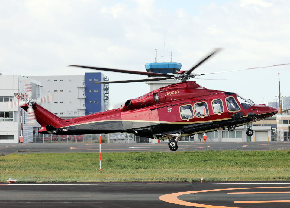 voyagerさんの三井物産エアロスペース Leonardo AW139 (JA00AX) 航空フォト