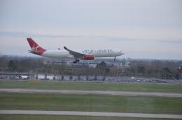 brasovさんが、ベルリン・テーゲル空港で撮影したヴァージン・アトランティック航空 A330-343Xの航空フォト(飛行機 写真・画像)
