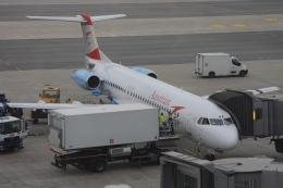 Hiro-hiroさんが、ウィーン国際空港で撮影したオーストリア航空 100の航空フォト(飛行機 写真・画像)