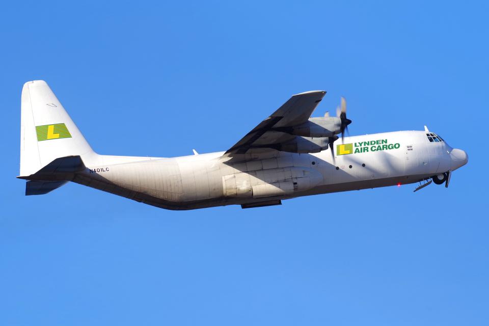 yabyanさんのリンデン・エアカーゴ Lockheed Martin C-130 Hercules (N401LC) 航空フォト