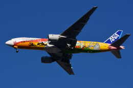 TOPAZ102さんが、伊丹空港で撮影した全日空 777-281/ERの航空フォト(飛行機 写真・画像)