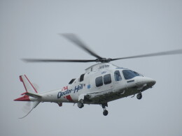 ランチパッドさんが、静岡ヘリポートで撮影した静岡エアコミュータ AW109SPの航空フォト(飛行機 写真・画像)