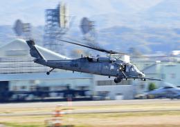プリンスさんが、小松空港で撮影したアメリカ空軍 HH-60G Pave Hawk (S-70A)の航空フォト(飛行機 写真・画像)
