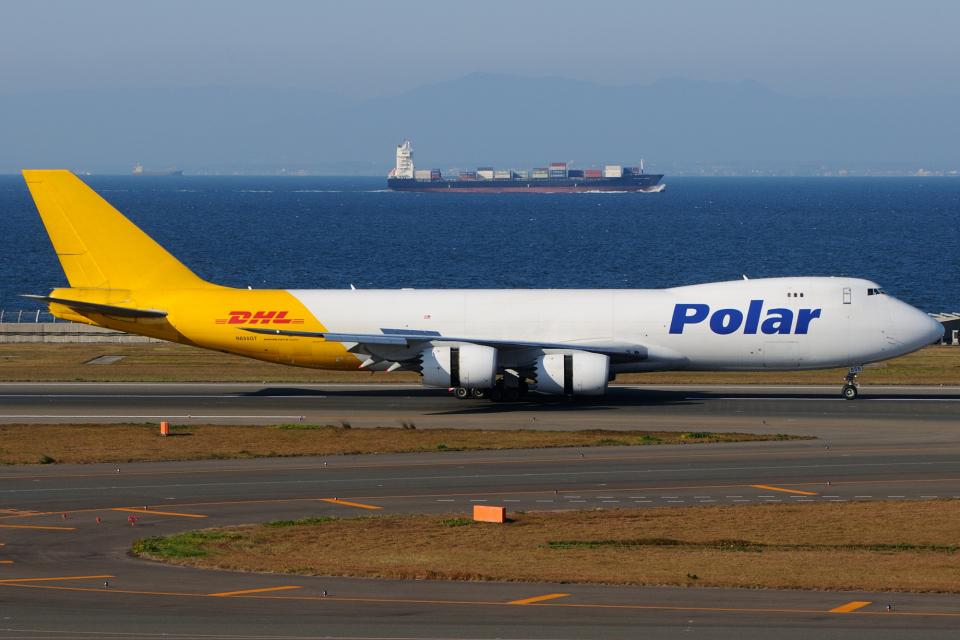 きんめいさんのポーラーエアカーゴ Boeing 747-8 (N855GT) 航空フォト