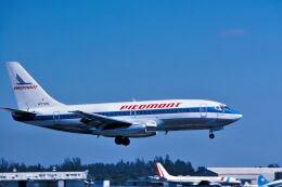 パール大山さんが、マイアミ国際空港で撮影したピードモント航空 737-201/Advの航空フォト(飛行機 写真・画像)