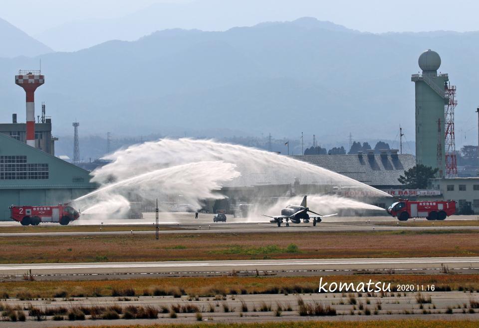 わかすぎさんの航空自衛隊 Mitsubishi F-4EJ Kai Phantom II (37-8315) 航空フォト