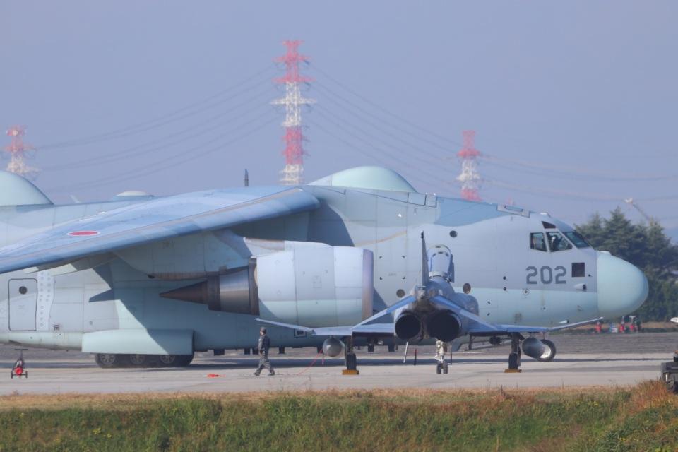 ぼのさんの航空自衛隊 Kawasaki C-2 (18-1202) 航空フォト