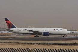 ゆう.さんが、成田国際空港で撮影したデルタ航空 777-232/LRの航空フォト(飛行機 写真・画像)