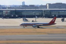 ゆう.さんが、羽田空港で撮影した上海航空 757-26Dの航空フォト(飛行機 写真・画像)
