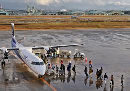 わかすぎさんが、小松空港で撮影したANAウイングス DHC-8-402Q Dash 8の航空フォト(飛行機 写真・画像)
