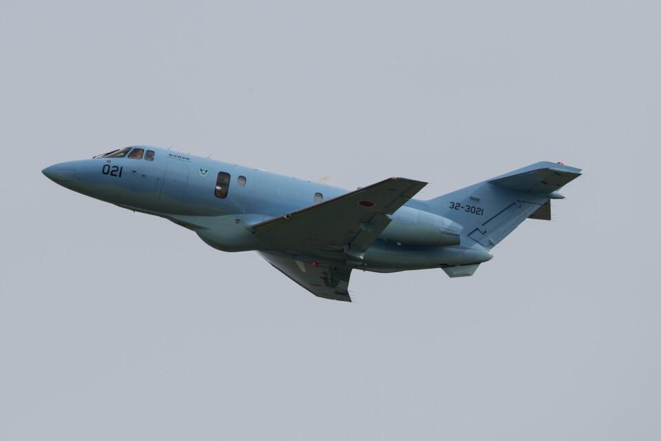 Koenig117さんの航空自衛隊 Raytheon U-125A (32-3021) 航空フォト