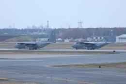 クマさんが、三沢飛行場で撮影したアメリカ空軍 MC-130J Herculesの航空フォト(飛行機 写真・画像)